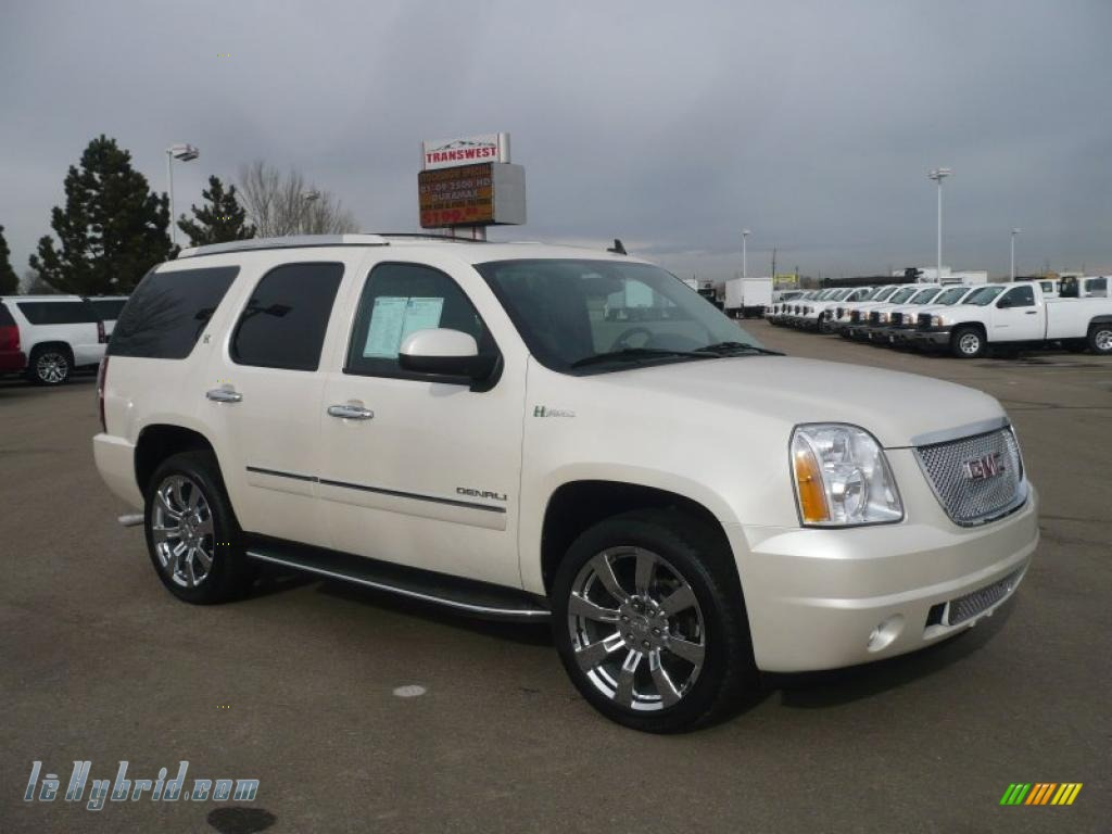 2010 gmc yukon hybrid denali 4x4 in white diamond tricoat 235691 hybrid cars. Black Bedroom Furniture Sets. Home Design Ideas