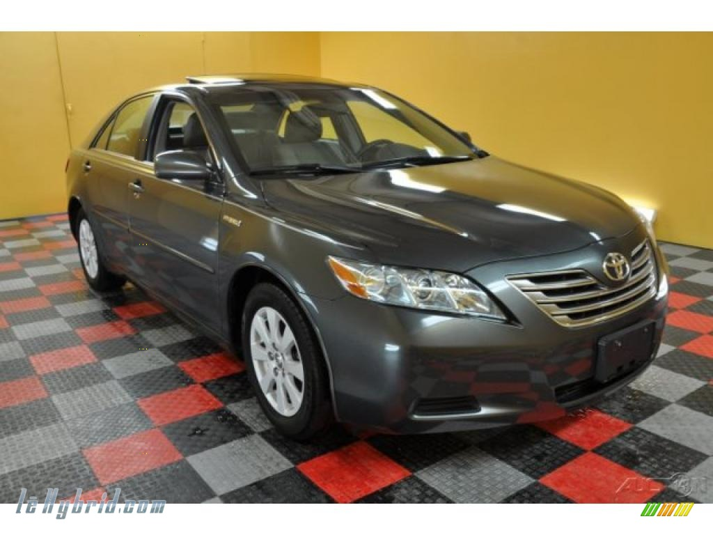 2008 toyota camry hybrid in magnetic gray metallic 041205 hybrid cars. Black Bedroom Furniture Sets. Home Design Ideas