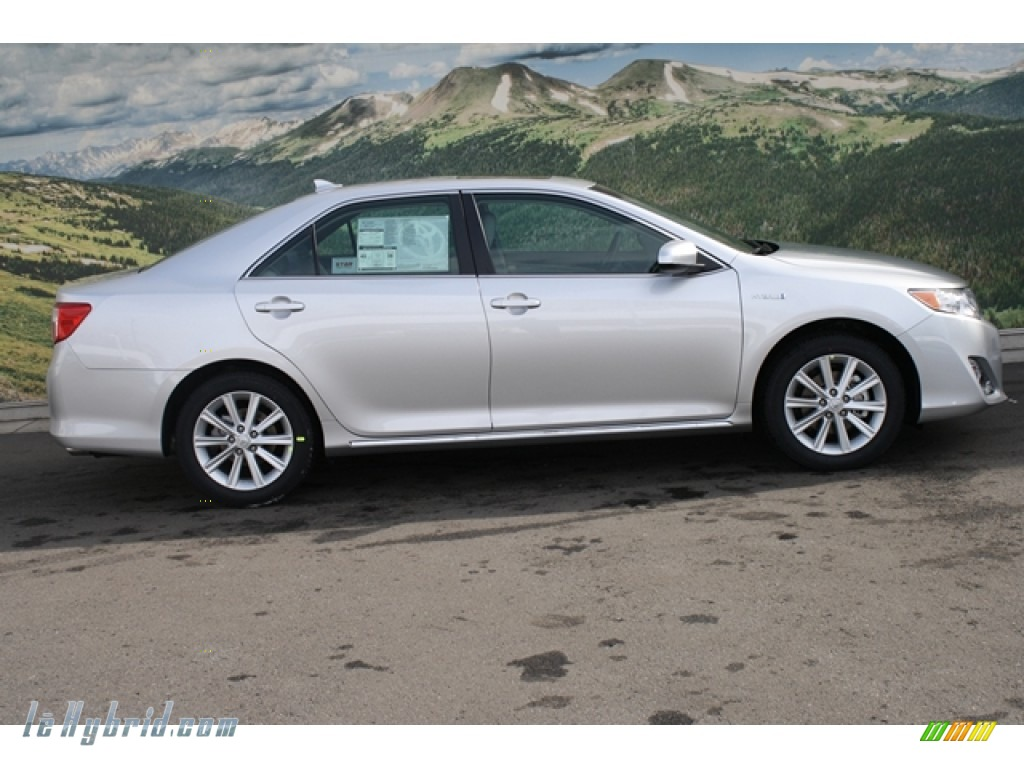 2012 Toyota Camry Hybrid Xle In Classic Silver Metallic