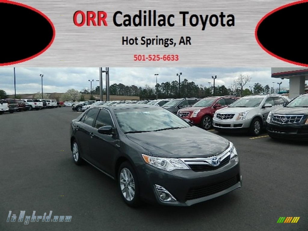 2012 Toyota Camry Hybrid XLE In Magnetic Gray Metallic