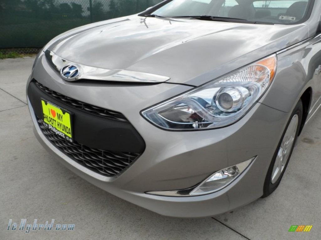2012 Sonata Hybrid - Hyper Silver Metallic / Gray photo #10