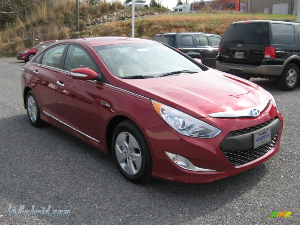 2011 Sonata Hybrid - Venetian Red / Camel photo #4