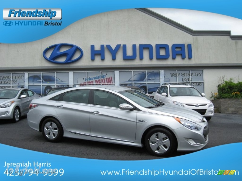 2012 Sonata Hybrid - Silver Frost Metallic / Gray photo #1