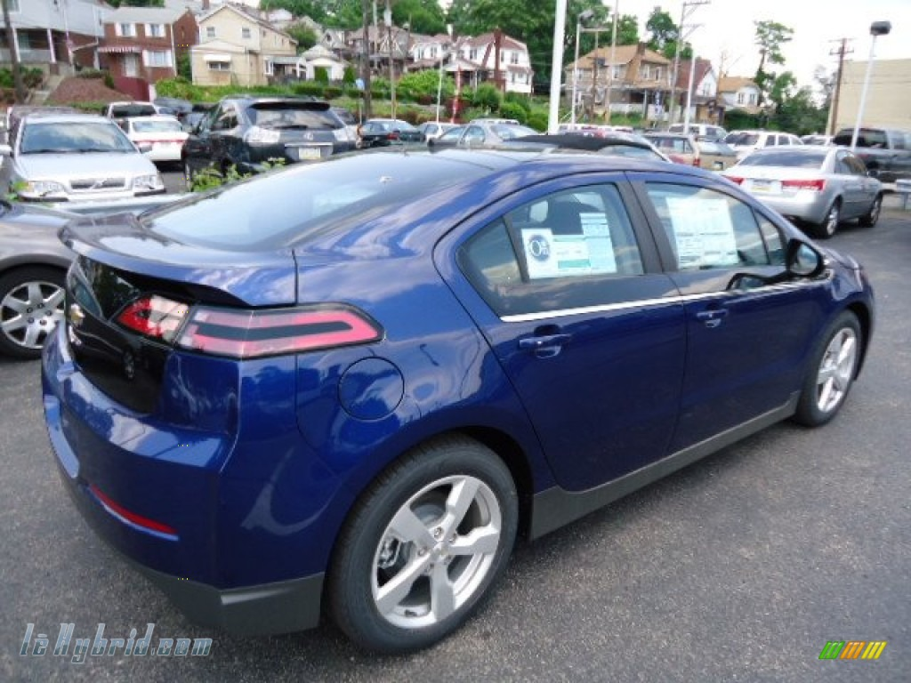2012 chevrolet volt hatchback in blue topaz metallic photo 4 124445 hybrid. Black Bedroom Furniture Sets. Home Design Ideas