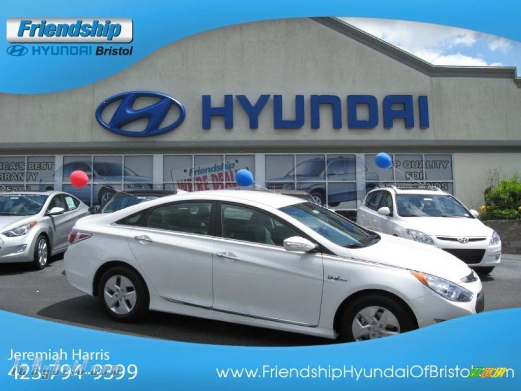 2012 Sonata Hybrid - Porcelain White Pearl / Gray photo #1