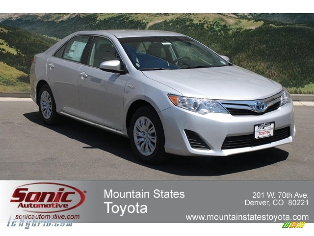 2012 Camry Hybrid LE - Classic Silver Metallic / Ash photo #1