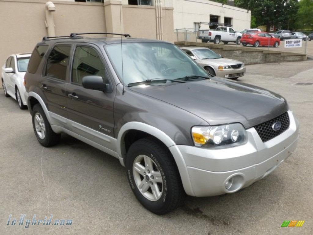 Dark Shadow Grey Metallic Medium Flint Ford Escape Hybrid 4wd