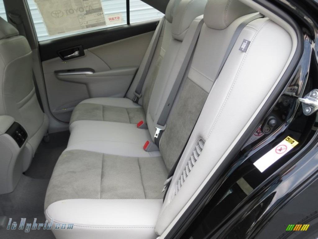 2012 Toyota Camry Hybrid Xle In Attitude Black Metallic