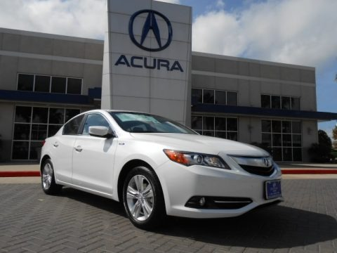 Bellanova White Pearl 2013 Acura ILX 1.5L Hybrid Technology