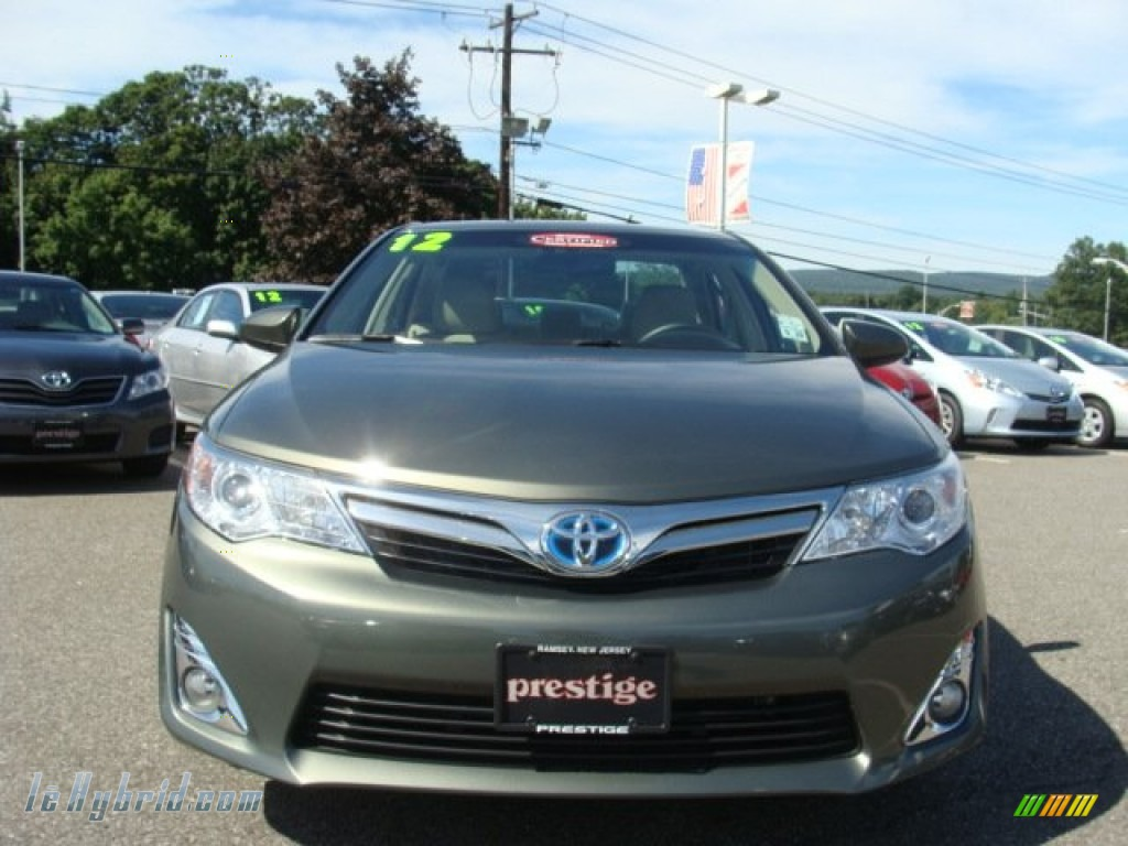 2012 Toyota Camry Hybrid Xle In Cypress Green Pearl Photo