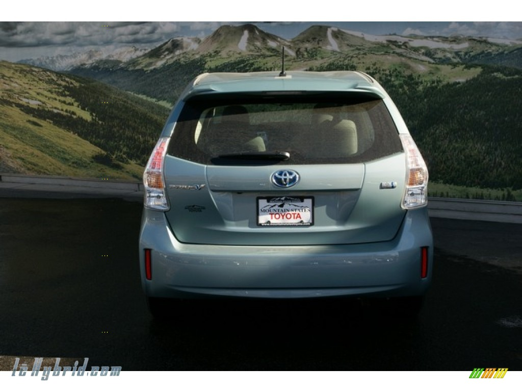 2013 Prius v Two Hybrid - Sea Glass Pearl / Dark Gray photo #4