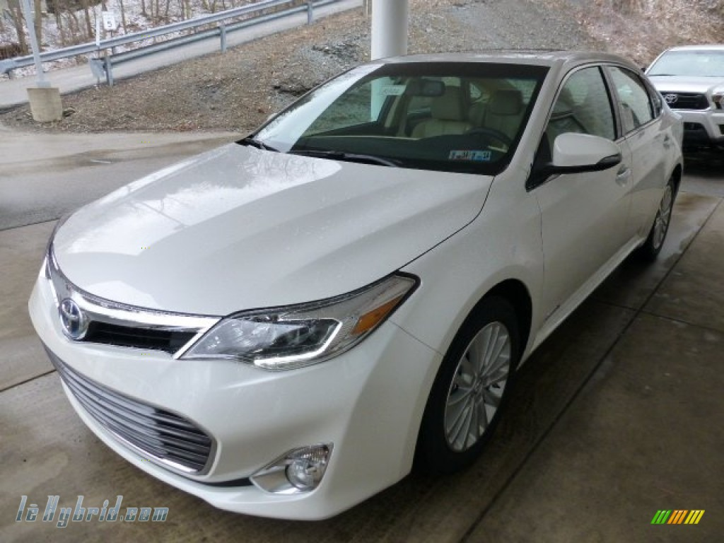 2013 toyota avalon hybrid limited in blizzard white pearl photo 5 006108. Black Bedroom Furniture Sets. Home Design Ideas