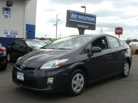 Winter Gray Metallic 2010 Toyota Prius Hybrid II