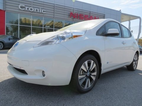 Glacier White 2013 Nissan LEAF SL