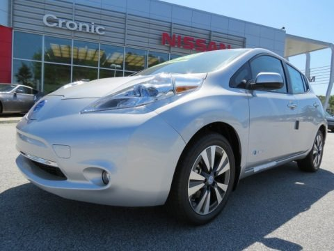 Brilliant Silver 2013 Nissan LEAF SL