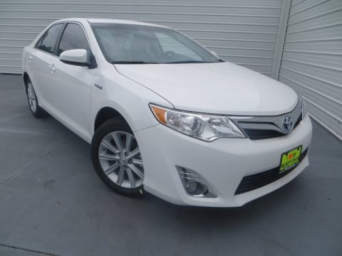 Super White 2013 Toyota Camry Hybrid XLE