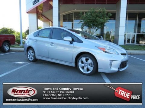 Classic Silver Metallic 2013 Toyota Prius Five Hybrid