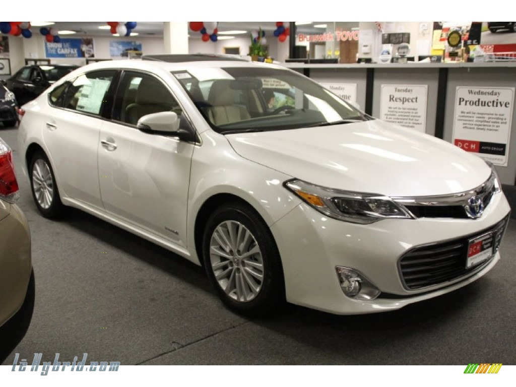 2013 toyota avalon hybrid limited in blizzard white pearl 004256 hybrid cars. Black Bedroom Furniture Sets. Home Design Ideas