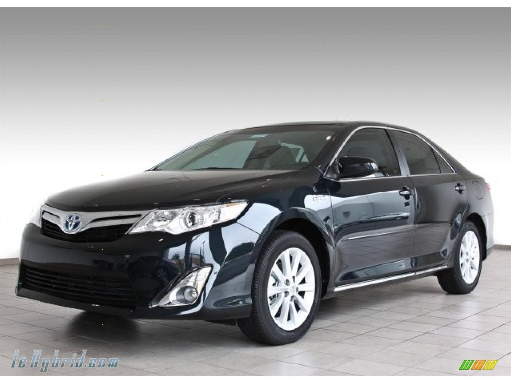 2013 toyota camry hybrid xle in cosmic gray metallic 083034 hybrid cars. Black Bedroom Furniture Sets. Home Design Ideas