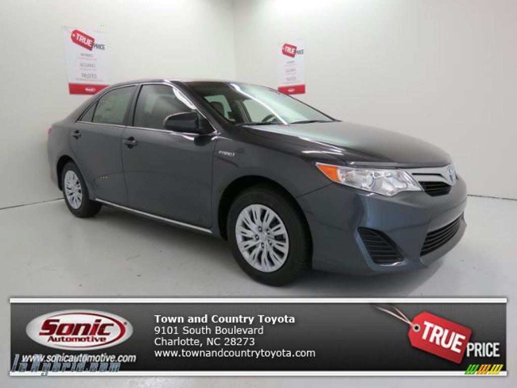 2013 toyota camry hybrid le in magnetic gray metallic 089298 hybrid cars. Black Bedroom Furniture Sets. Home Design Ideas
