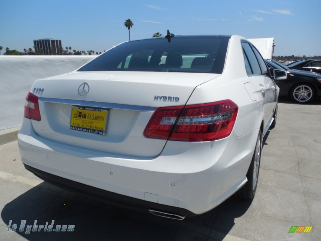 2013 E 400 Hybrid Sedan - Polar White / Black photo #4