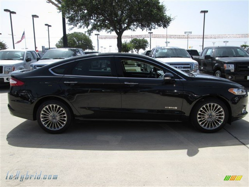 2014 ford fusion hybrid titanium in tuxedo black photo 7 110507 hybrid cars. Black Bedroom Furniture Sets. Home Design Ideas