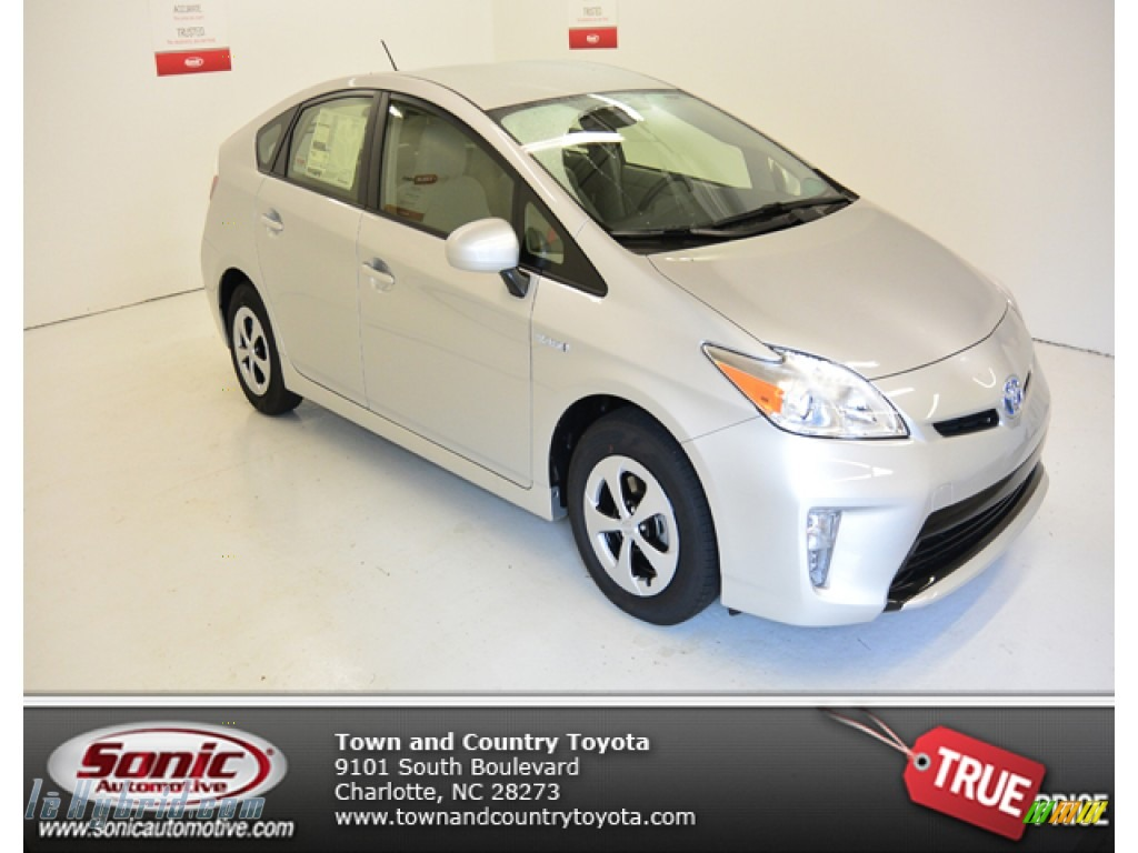 deleted listing 2013 toyota prius three hybrid in classic silver metallic 678031 lehybrid. Black Bedroom Furniture Sets. Home Design Ideas