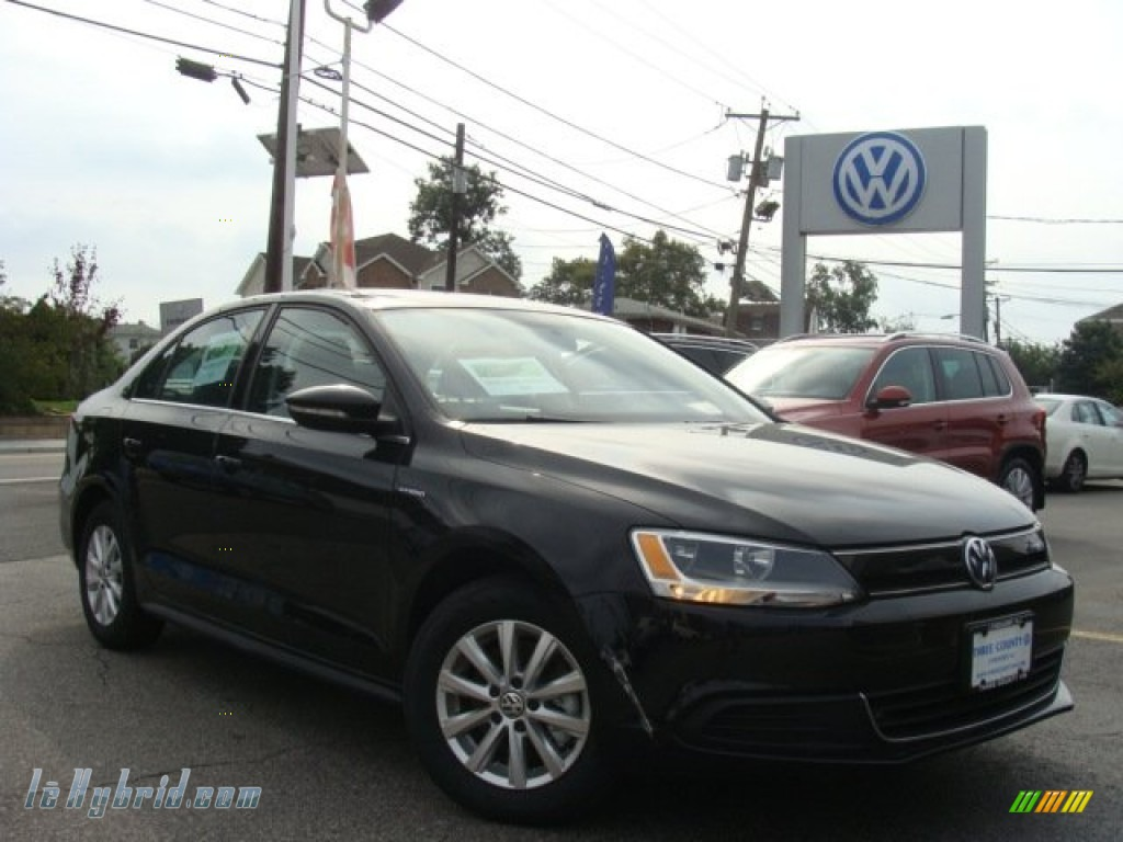 2013 Jetta Hybrid SE - Deep Black Pearl Metallic / Titan Black photo #1