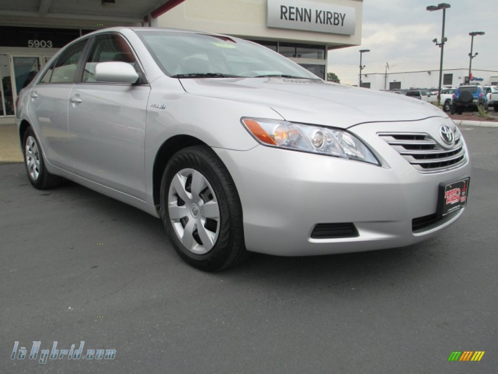 2008 toyota camry hybrid in classic silver metallic 057674 hybrid cars. Black Bedroom Furniture Sets. Home Design Ideas