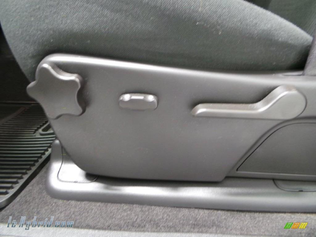 2013 Silverado 1500 Hybrid Crew Cab 4WD - Silver Ice Metallic / Ebony photo #10