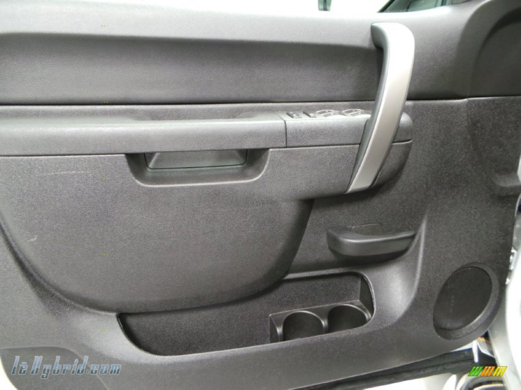 2013 Silverado 1500 Hybrid Crew Cab 4WD - Silver Ice Metallic / Ebony photo #11