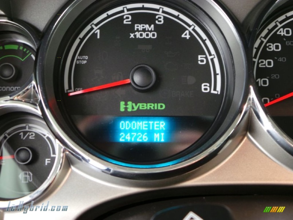 2013 Silverado 1500 Hybrid Crew Cab 4WD - Silver Ice Metallic / Ebony photo #21