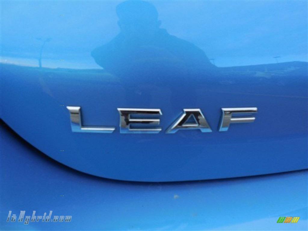 2011 LEAF SL - Blue Ocean / Light Gray photo #12