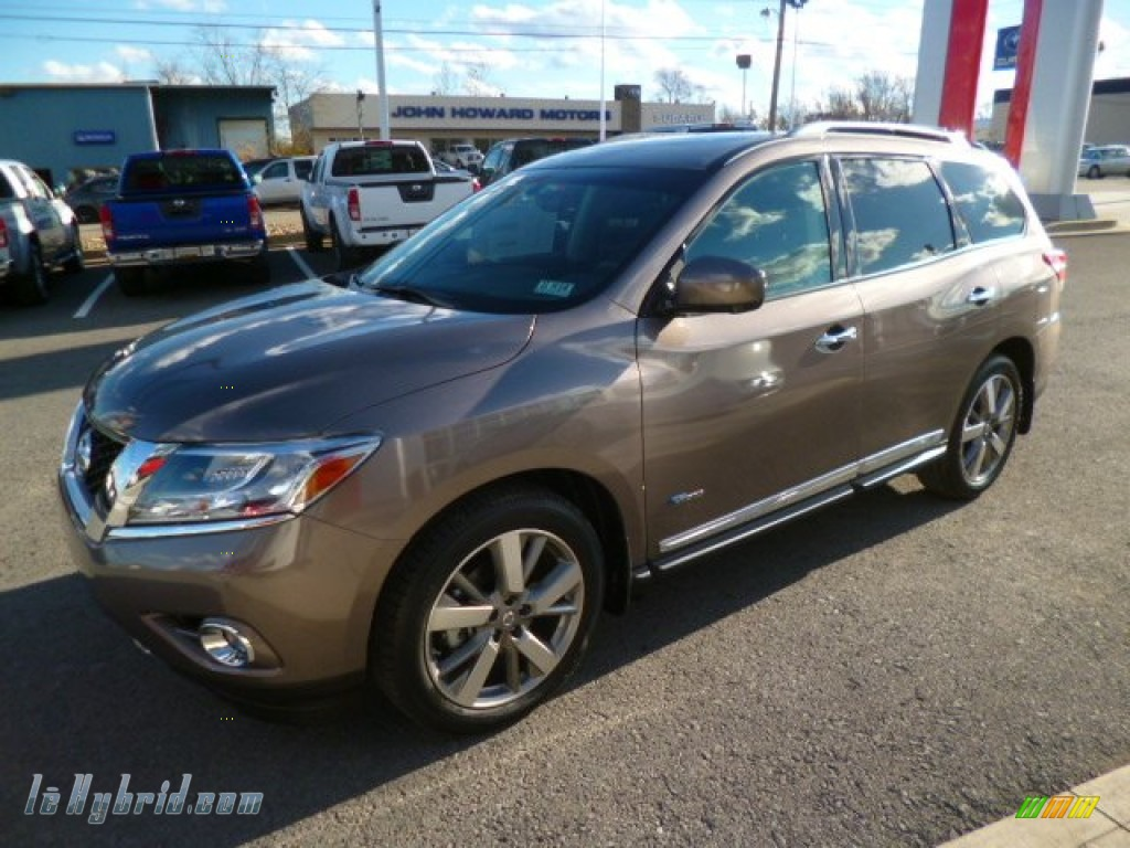 2014 Pathfinder Hybrid Platinum AWD - Mocha Stone / Charcoal photo #2