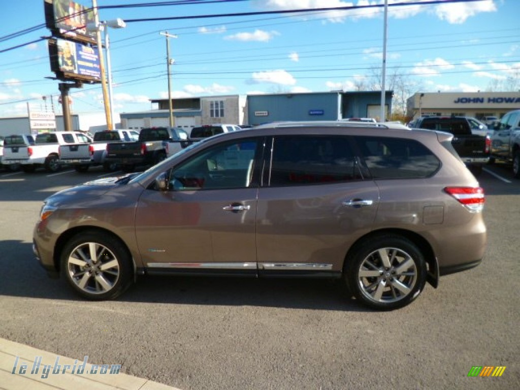 2014 Pathfinder Hybrid Platinum AWD - Mocha Stone / Charcoal photo #3