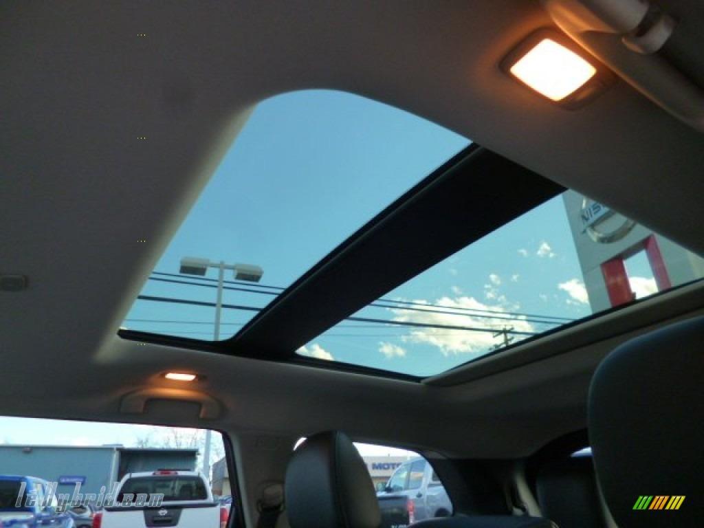 2014 Pathfinder Hybrid Platinum AWD - Mocha Stone / Charcoal photo #11