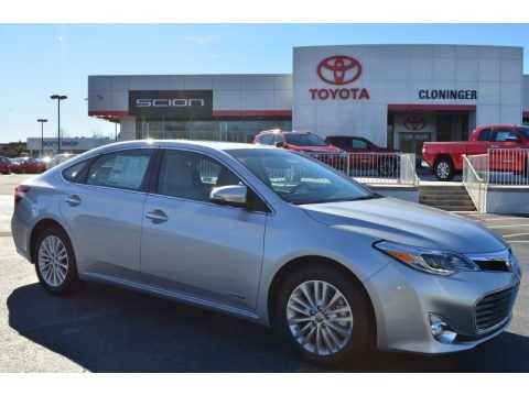 Classic Silver Metallic 2014 Toyota Avalon Hybrid Limited