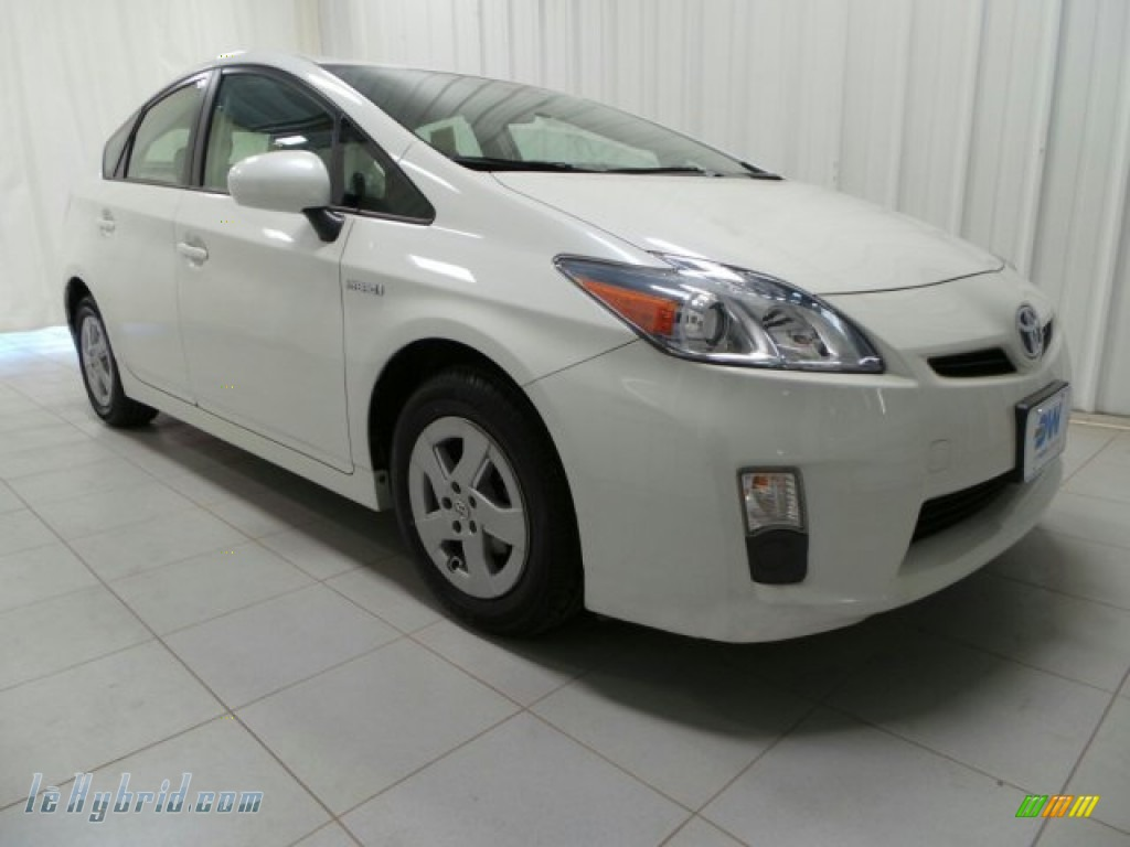 2010 Prius Hybrid II - Blizzard White Pearl / Bisque photo #1