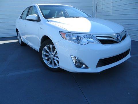 Super White 2014 Toyota Camry Hybrid XLE