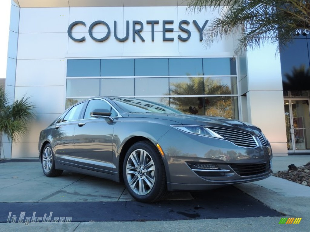 Sterling Gray / Charcoal Black Lincoln MKZ Hybrid