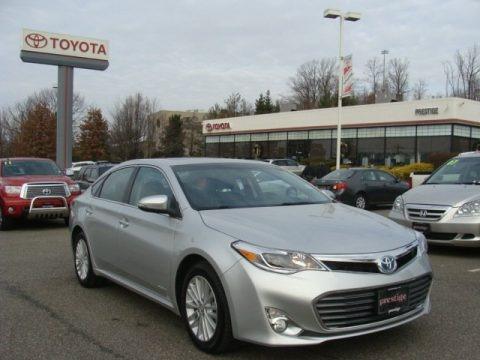 Classic Silver Metallic 2013 Toyota Avalon Hybrid XLE