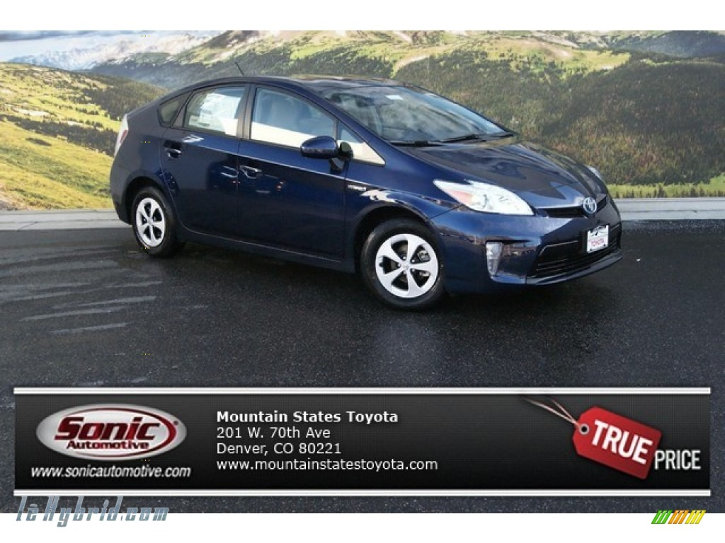 2014 Prius Three Hybrid - Nautical Blue Metallic / Dark Gray photo #1