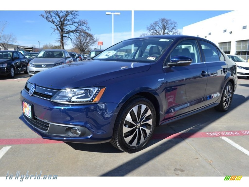 2014 Jetta Hybrid SEL Premium - Tempest Blue Metallic / Titan Black photo #1