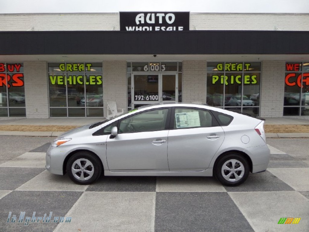 2013 Prius Four Hybrid - Classic Silver Metallic / Misty Gray photo #1